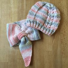 Baby Hats Knitting, Arm Knitting, Knitting For Kids, Knitted Hats, Lidia Crochet Tricot, Knit Crochet, Crochet Hats, Felt Patterns, Knitting Patterns