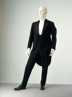 Tuxedo 1923 The Victoria & Albert Museum