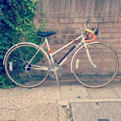 So things didn't go too well with Mr Raleigh Banana and we had to part ways but I've found myself a gorgeous Pedro! #bikes #bicycle #cycling #peugeot #vintage #deadstock #thebikeperv