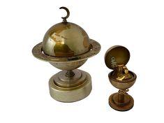 Vintage Globe, Globe Lights, Windmill, Trinket Boxes, Decorative Items, Lighter, Vintage Items, Earth, World