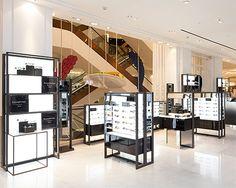 LED Light Panel used for retail display at Selfridges | LED Light Panel - Projects