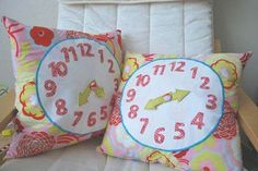 DIY Clock Pillows!! Good for Kids to learn To tell the Time!! Love the idea but no tutorial...