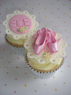 ballet pumps Ballerina Cupcakes, Kid Cupcakes, Sweet Cupcakes, Cupcake Cakes, Ballerina Party, Dance Cakes, Cupcake Recipes For Kids, Biscuits, Cake Design Inspiration