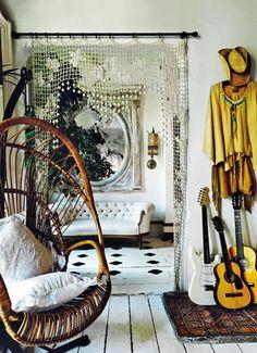 door hanging, white decor