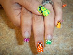 When I paint my nails i want to do this!