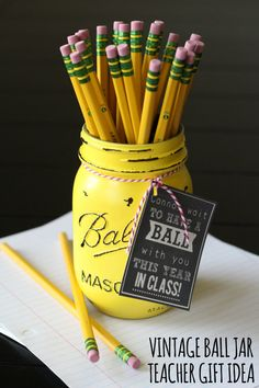 "Vintage Ball Jar Teacher Gift with free printable tag -- ""Can't Wait to Have a Ball This Year"" #teachergift Fill with school supplies or flowers for a lovely gift."