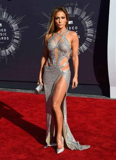J.Lo | All The Looks From The VMAs Red Carpet
