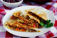 Cheeseburger Quesadillas. Fresh, fresh, fresh. Pack with veggies or have 1/2 quesadilla with salad or homemade baked potato chips instead of fries!