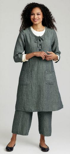Gidget's flax apparel, linen clothing and all cotton clothing:  Black-Eyed Susan, Flax Traveler 2012, tra12-BlackEyedSusan