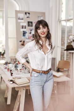 Parisienne Chic, Photoshoot Inspiration, Style Inspiration, Classy Outfits, Casual Outfits, French Girl Style, Look Girl, Girl Fashion, Fashion Outfits