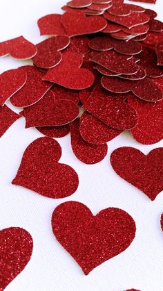 Red Glitter Hearts - Confetti Wedding Decor- Valentines Day Red Hearts - Glitter Party Decor -Red He Glitter Party, Glitter Confetti, Glitter Wedding, Wedding Confetti, Red Glitter, Romantic Room Decoration, How To Make Garland, Red And White Weddings, I Love You Pictures
