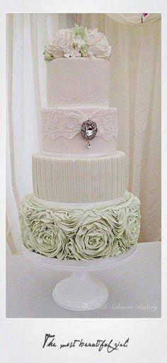 Indian Weddings Inspirations. Green Wedding Cake. Repinned by #indianweddingsmag indianweddingsmag.com #vintage