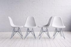 Друзья, отзыв клиента Мой друг в Ереване искал дизайнерские стулья Eames DSR. Через поисковик вышли на Ваш сайт Модернус. Стулья были в наличии. Этой покупкой очень довольны. Менеджер предоставил всю необходимую информацию. Доставили очень быстро, в срок. В будущем, планирую приобрести некоторые позиции для себя. Буду рекомендовать Вашу компанию своим друзьям. Геворг Газарян, г. Ереван. Стулья Eames DSR от Чарльза и Рэй Имз в наличии: белый, красный, чёрный, жёлтый, зелёный, голубой…