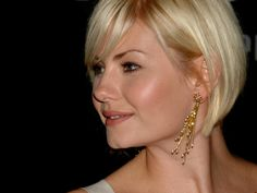 The Pixie Revolution: Short Haired Babe Of The Week: Elisha Cuthbert 8/5/12