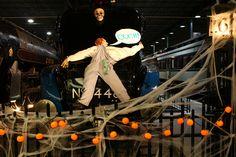 Fantômes ferroviaires / Railway Ghosts #exporail #musée #museum #trains #tramways #streetcars #familyactivities #Halloween #sortie #famille