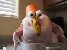 20 Hilarious Turkey Day Pictures, Cartoons, and Memes