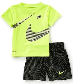 Nike Baby Boys Months Short-Sleeve Wraparound Swoosh Tee & Printed Shorts - Baby Boy Shorts - Ideas of Baby Boy Shorts - Nike Baby Boys Months Short-Sleeve Wraparound Swoosh Tee & Printed Shorts Set Boys Summer Outfits, Little Boy Outfits, Summer Boy, Toddler Boy Fashion, Toddler Boy Outfits, Kids Fashion, Toddler Boys Clothes, Toddler Chores, Modern Fashion