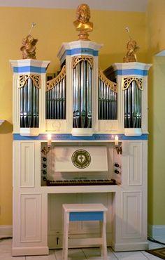 """Small"" house organ."