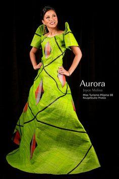 Filipinyana Dress--- It's a one piece always! Ethnic Fashion, High Fashion, Philippines Dress, Filipiniana Dress, Philippine Women, Filipina Beauty, All About Fashion, Traditional Dresses, One Piece