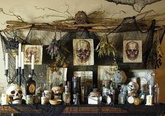 Venom and Vice and Not a Single Thing Nice: DIY Apothecary Table Halloween-Apotheker . Voodoo Halloween, Casa Halloween, Halloween Kitchen, Theme Halloween, Diy Halloween Decorations, Halloween 2019, Holidays Halloween, Halloween Crafts, Halloween Stuff