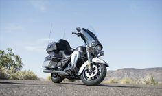 Wonderful news from Harley Davidson. A new model of Touring Motorcycles, one of the most interesting in recent years. So we present to you the new 2014 Ultra Limited Touring by Harley Davidson. New Ultra Limited launches engine whose displacement of