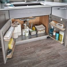 65 Brilliant Kitchen Cabinet Organization and Tips Ideas - Kitchen Makeover D . - 65 Brilliant Kitchen Cabinet Organization and Tips Ideas – Kitchen Makeover D … # brilliant - Kitchen Organization Pantry, Home Organisation, Organization Ideas For The Home, Kitchen Organization For Small Spaces, Small Apartment Organization, Bathroom Cabinet Organization, Small Kitchen Storage, Smart Storage, Storage & Organization