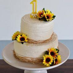 1st Birthday Girls, Birthday Cake, Maria Clara, Wedding Cakes, Baby Shower, Party, Desserts, Crafts, Ideas
