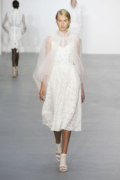 Pin for Later: 45+ Stunning Bridal Looks From London Fashion Week Bora Aksu Spring 2016