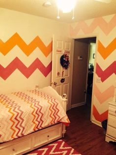 Chevron Bedroom  Such A Perfect Room For That Preteen Girl!