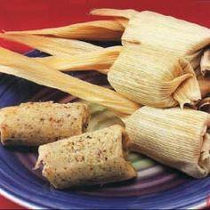 Tamales Dulces de Harina de Arroz y Coco Coconut Flour Recipes, Coconut Desserts, Vegan Desserts, Vegan Recipes, Mexican Cooking, Mexican Food Recipes, Dessert Recipes, Mexican Tamales, Tamale Recipe