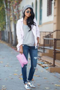 CANDY STRIPED shirt, grey tee, jeans, silver oxfords and grey beanie Brogues Womens Outfit, Oxford Shoes Outfit, Silver Oxfords, Silver Shoes, Pewter Shoes, Metallic Shoes, Look Oxford, Derby Outfits, Grey Outfit