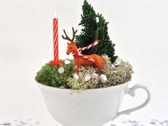 Kim Welling - festive scene in a teacup #crafting #christmas #cbuk