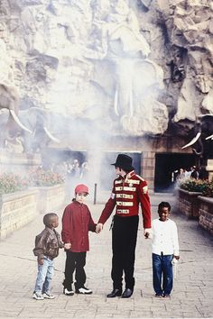 Michael Jackson and Omer Bhatti in Africa