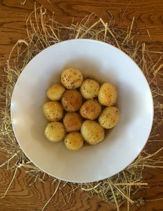 Potatoes baked in Hay with Beer Dressing