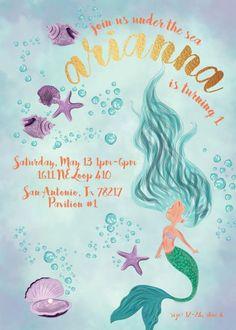 Invitación de la sirena Baby Invitations, Ideas Para Fiestas, Mermaid Birthday, Under The Sea, Birthdays, Banner, Birthday Parties, Baby Shower, Party