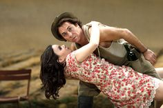 Aleksandra Kurzak as Adina and Roberto Alagna as Nemorino in Laurent Pelly's Royal Opera production of L'elisir d'amore.    Photo by Catherine Ashmore    www.roh.org.uk/productions/lelisir-damore-by-laurent-pelly
