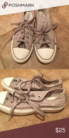 Converse sneakers Low rise tan converse sneakers. Good condition Converse Shoes Sneakers