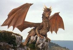 This is Drako from Dragon Heart, one of the most beautiful created dragons I have ever seen. Fantasy Life, Fantasy Movies, Fantasy Art, One Ok Rock, Magical Creatures, Fantasy Creatures, Realistic Dragon, Dragon Movies, Dragon Heart