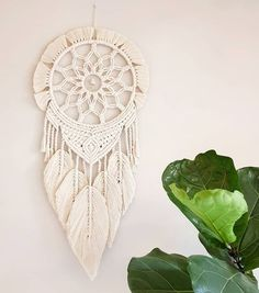 Cotton macrame wall ornaments on pulley, . - Cotton macrame wall ornaments on pulley, – - Macrame Design, Macrame Art, Macrame Projects, Macrame Knots, Macrame Mirror, Macrame Wall Hanging Patterns, Macrame Patterns, Diy Macramé Suspension, Modern Macrame