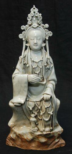 5CM China Miao Silver Kwan-yin Bodhisattva Avalokitesvara Guanyin Buddha Statue