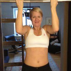 Testing a Pink ribbon sports bra top by Pilkkoset