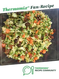 Recipe Easy Go-To Raw Spring Salad by thermitaz, learn to make this recipe easily in your kitchen machine and discover other Thermomix recipes in Main dishes - vegetarian. Vegan Gluten Free, Vegan Vegetarian, Vegetarian Recipes, Spring Salad, Recipe Community, Food N, Grubs, Salad Dressing, Dressings