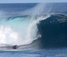 Big waves.  North Shore, Oahu.  January 2012. Big Waves, Ocean Waves, World Famous, Dance The Night Away, North Shore, Mountain View, Oahu, Night Life, Hawaii