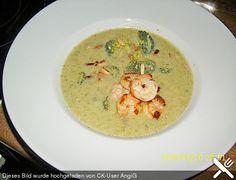 Broccolicremesuppe mit Räucherlachs (Rezept mit Bild) | Chefkoch.de