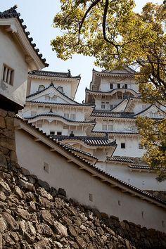 Himeji Castle. Conoce más sobre impresionantes castillos en el blog de www.solerplanet.com