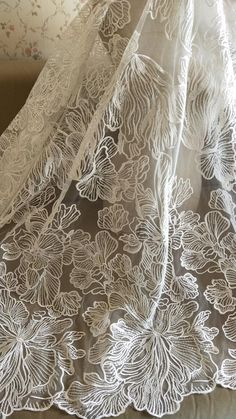 Elegent Lace Fabric Ivory Flowers Sequined Bridal Lace Newly Design Lace fabric For Wedding Dress Fashion Dress High quality Wedding Dress Sketches, Wedding Dress Styles, Embroidered Lace, Beaded Embroidery, How To Trim Roses, Linens And Lace, African Lace, Fabric Manipulation, Lace Weddings