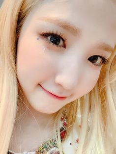 Kpop Girl Groups, Kpop Girls, Wendy Red Velvet, One And Other, Just For Fun, Aesthetic Pictures, Cool Girl, Honda, Eyes