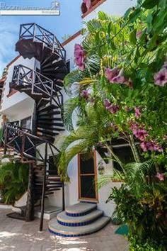 Se vende encantador condominio de 1 recámara en Mamitas Beach, Playa del Carmen $194,000 USD