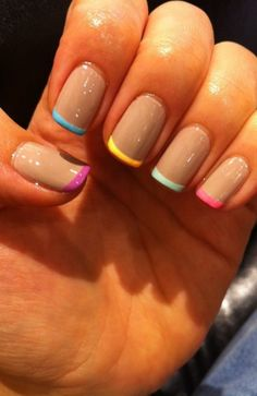 chic and fun manicure