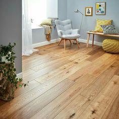 Tan flooring (living room)